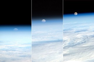Zestawienie fot księżyca w kosmosie, czasopismo Dailymail Online (GB)